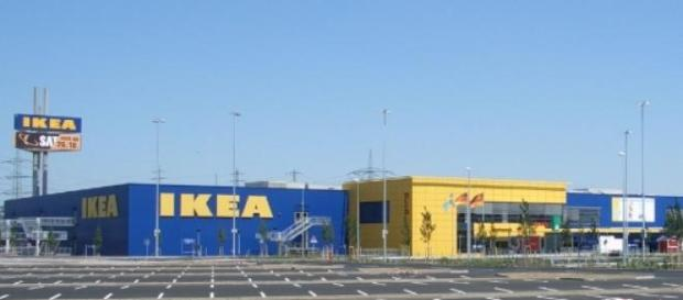 Paura e caos all'Ikea di Roma
