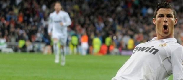 Ronaldo celebrando uno de sus goles