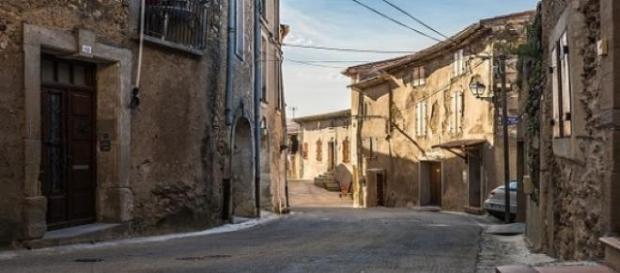 Vista de la rue Paul Cuny de Béziers (Francia).