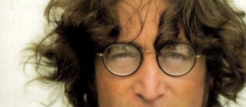 8 dicembre, anniversario della morte di J. Lennon