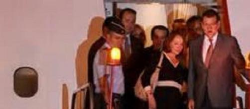 Mariano Rajoy y su mujer a su llegada a Veracruz