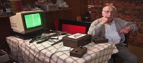 Ralph Baer creó la primer consola de video juegos