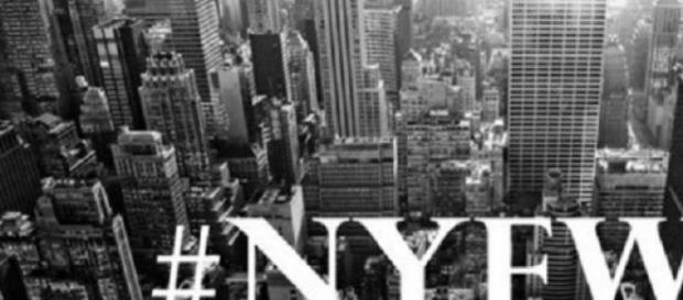 Logo de la pasarela New York Fashion Week