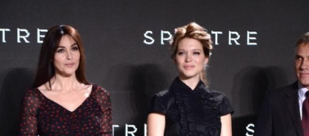 Mónica Bellucci junto a Daniel Craig y Lea Seydoux