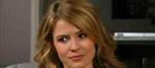 Caroline tradisce Rick con Ridge.