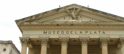 Fachada del Museo de La Plata