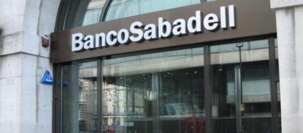 El Banco Sabadell sortea la crisis