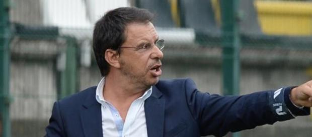 Manuel Machado voltou a vencer o dérbi.