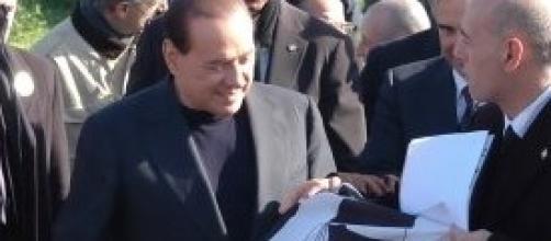 Il Psd'Az dona bandiera Quattro Mori a Berlusconi