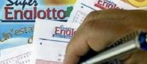 Estrazioni Lotto e Superenalotto, 15 febbraio 2014