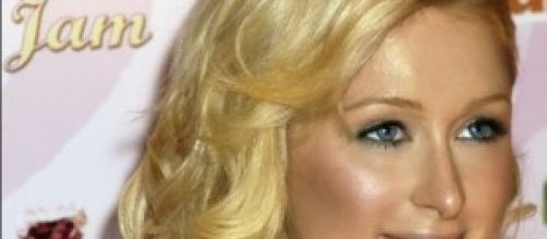 Paris Hilton festeggia il compleanno
