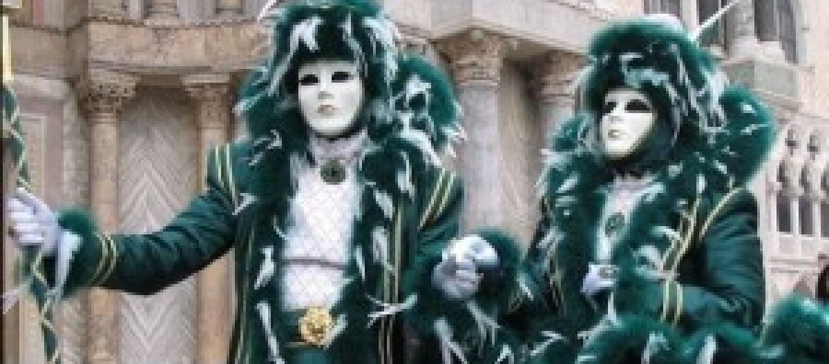 Come vestirsi a Carnevale 2014 con costumi e maschere economici  Idee fai da  te facili e veloci 5b4f5423161f