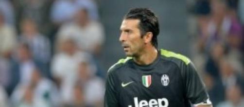 Gigi Buffon e il triangolo: tutti chiacchiericci