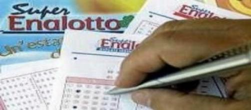 Estrazioni Lotto e Superenalotto di oggi 11 marzo