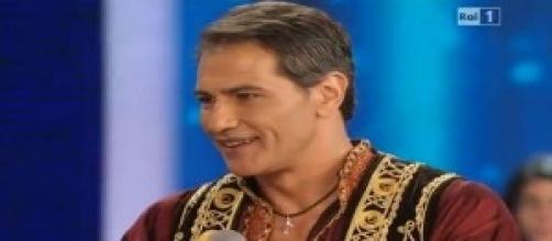 Lorenzo Crespi si commuove in diretta tv