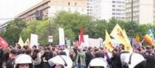 Proteste: la Crimea vuole la Russia.