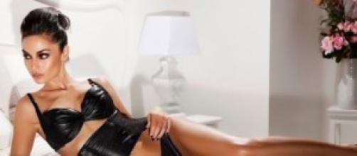 Raffaella Fico: dopo calendario, foto sensuali
