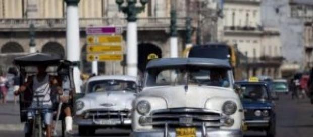 La Cuba di Castro regola gli investimenti esteri