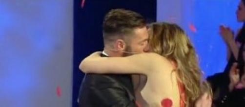 """Uomini e Donne news: Tommaso """"spietato"""" per amore"""