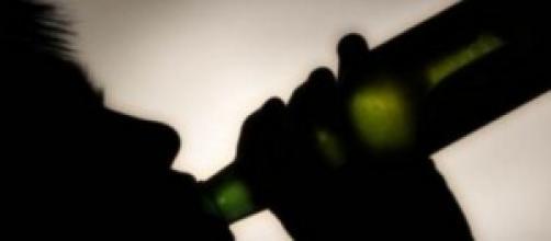 Consumo di alcool aumento malattie e incidenti