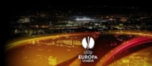 Europa League: consegnata la Coppa a Torino