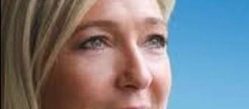 Le Pen contro Grillo e Renzi