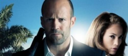Jason Stathan e Jennifer Lopez, nel film Parker