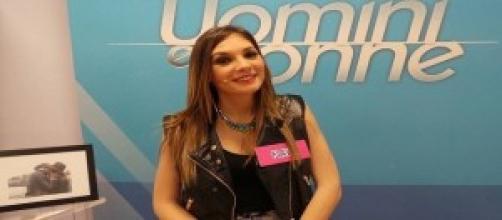 Uomini e Donne news: Flavia difesa da un'amica