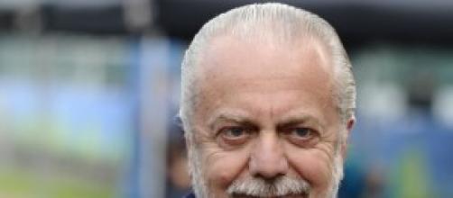 De Laurentiis aggredisce un tifoso del Napoli
