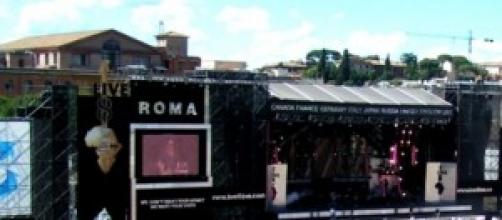 """Palco di Roma del """"Live 8"""", nel 2005"""