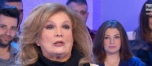 Virus ebola, Iva Zanicchi denuncia choc in TV