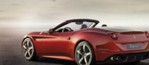 Probabile aspetto nuova Ferrari California 2015