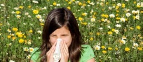 Le persone colpite da pollinosi sono in aumento.
