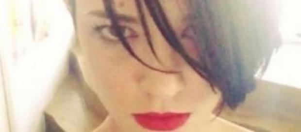 Asia Argento, nuovo tatuaggio sopra il seno
