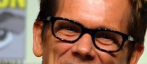 "Kevin Bacon, alias ""Ryan Hardy"""