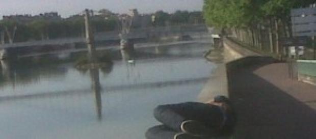 Prise au bord du fleuve le matin du mois de mai14