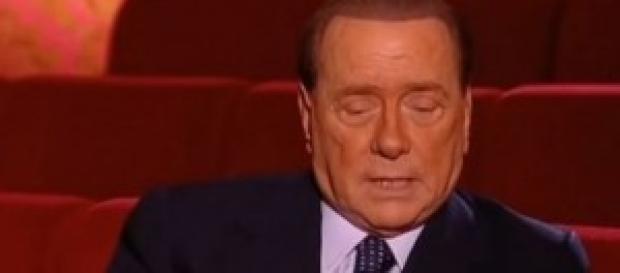 Silvio Berlusconi, ironia su Papa Francesco