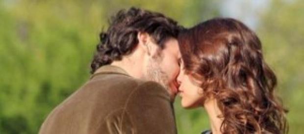 Il Segreto anticipazioni: Pepa bacia Tristan