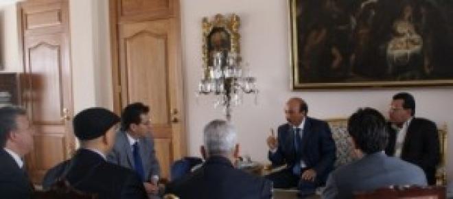 Arabia Saudi retira a su personal de Libia