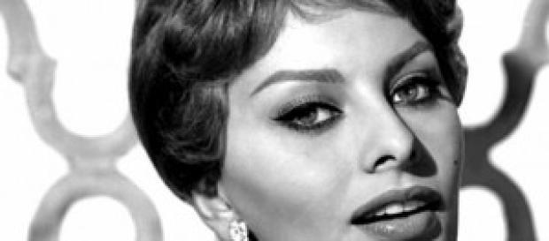 Sofia Loren, la biografia del mito