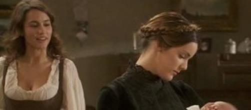 Pepa e Soledad in una scena della serie,