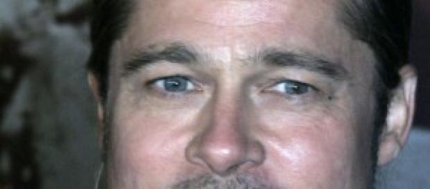 Brad Pitt aggredito da un giovane