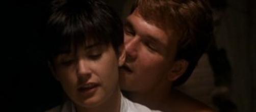 Stasera in tv Ghost, trama e cast con Demi Moore