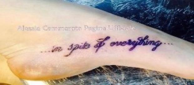 Alessia Cammarrota sfoggia il tatuaggio per Aldo