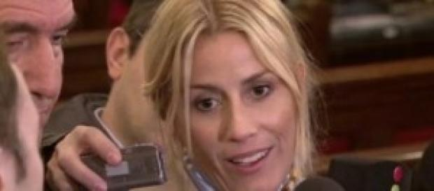 Gossip news, Belen Rodriguez, foto a luci rosse