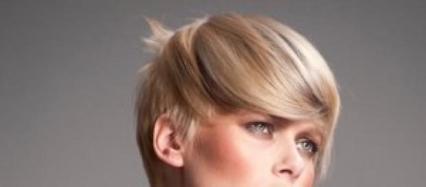 Taglio capelli donne corti 2014