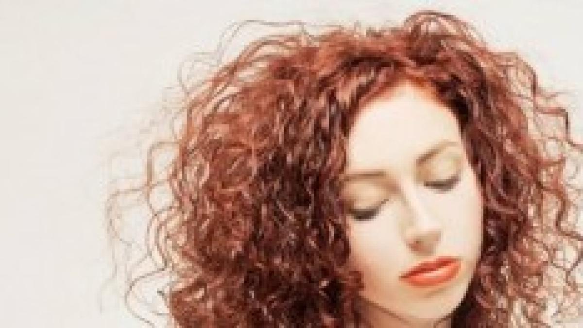 Permanente capelli mossi prima e dopo