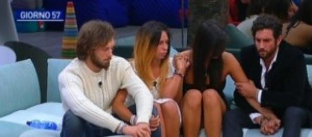 Grande Fratello, fabio comunica con Roberto e Angy