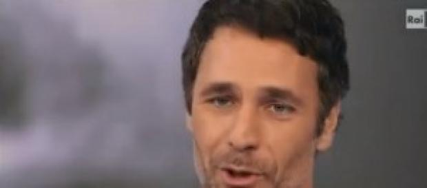 Il bel Raoul Bova, protagonista del tv movie