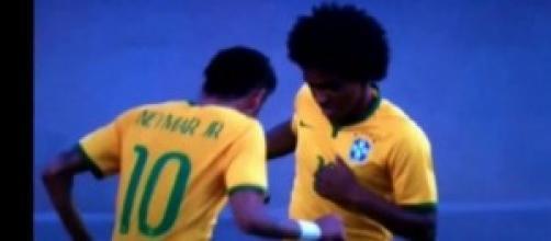 Neymar e Marcelo esultano